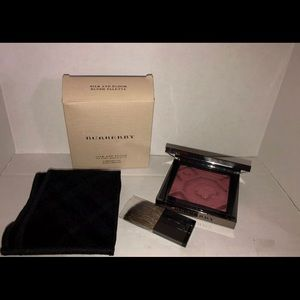 Burberry London England Silk & Bloom Blush Palette